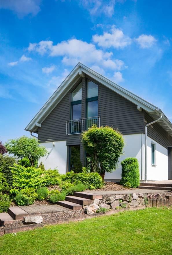 Eigentumswohnungen & Häuser